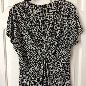 Chaus Shell  Top  XL  Black/White